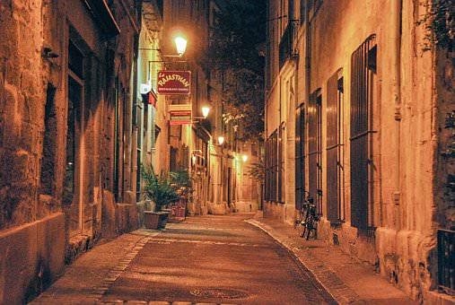 Montpellier la nuit